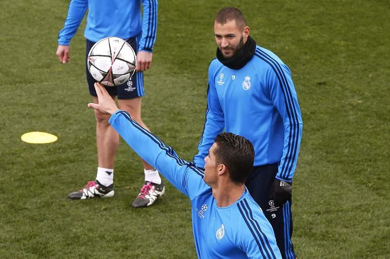 Zidane confia em regressos de Ronaldo e Benzema na 'Champions'