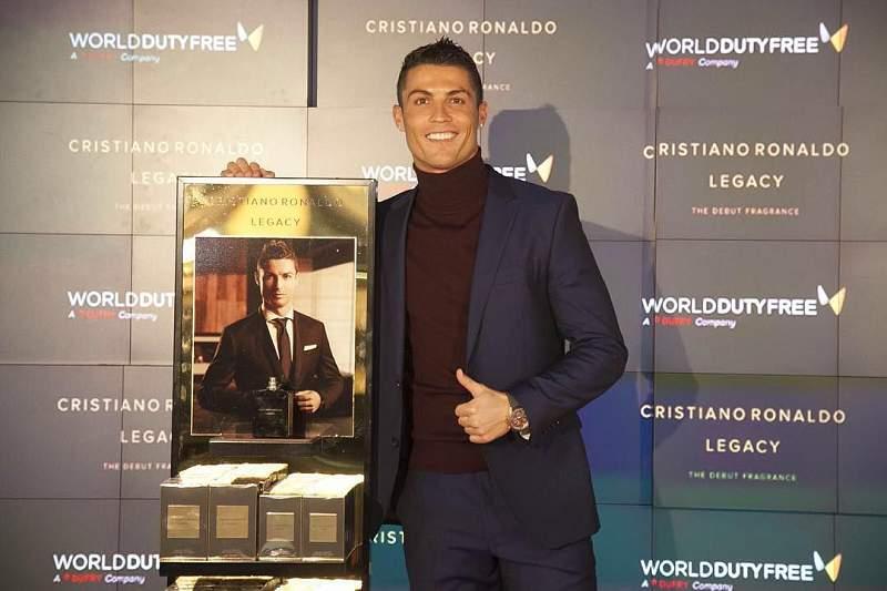 Cristiano Ronaldo promove perfume em Madrid