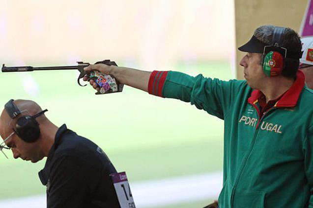 João Costa medalha de prata em pistola de ar a 10 metros