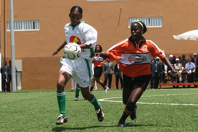 Seleção cabo-verdiana de futebol feminino