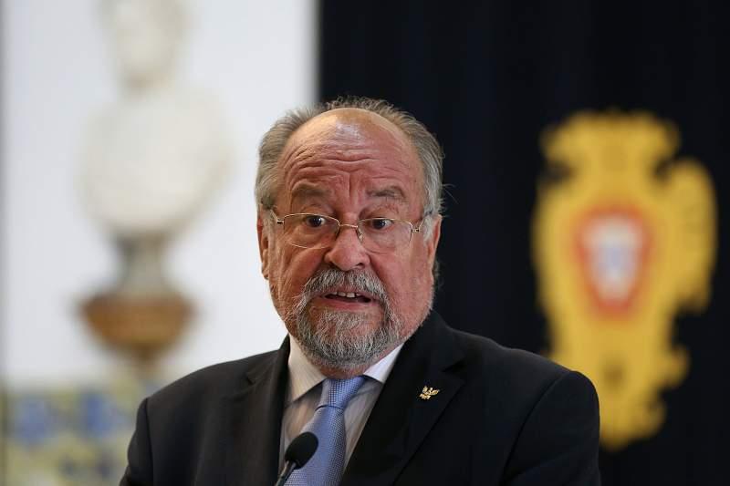 Presidente da Liga dos Bombeiros, Jaime Marta Soares, fala aos jornalistas após reunião com Presidente da República