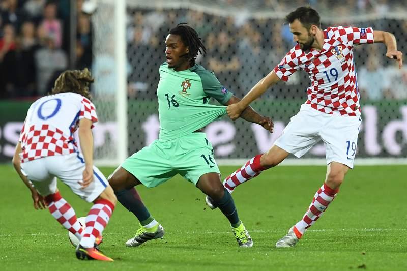 Renato Sanches em ação ao serviço de Portugal contra a Croácia
