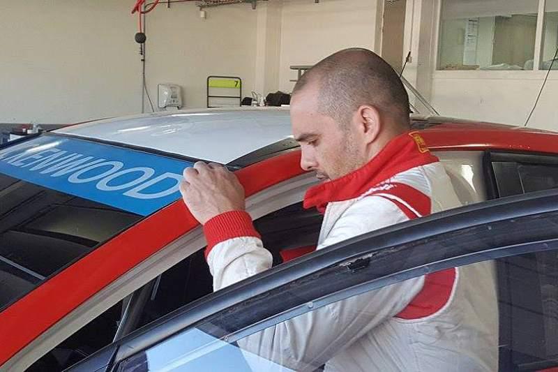 Manuel Pedro Fernandes está fora da prova do WTCC em Vila Real