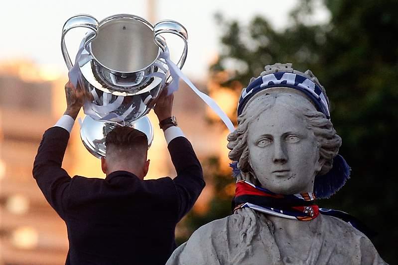FOTOS: As celebrações do Real Madrid na capital espanhola