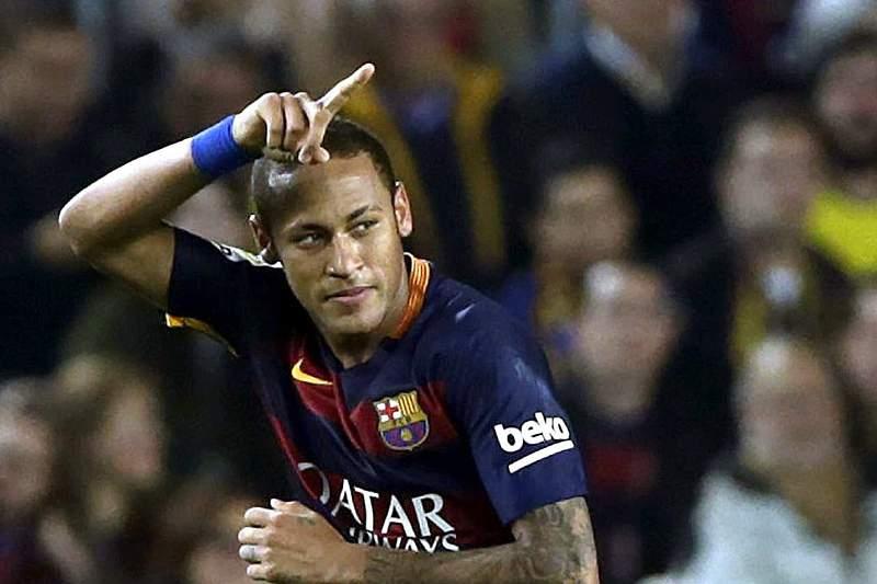 Neymar marcou quatro golos ao Rayo Vallecano