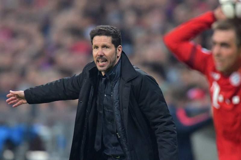 Diego Simeone dá indicações em Munique