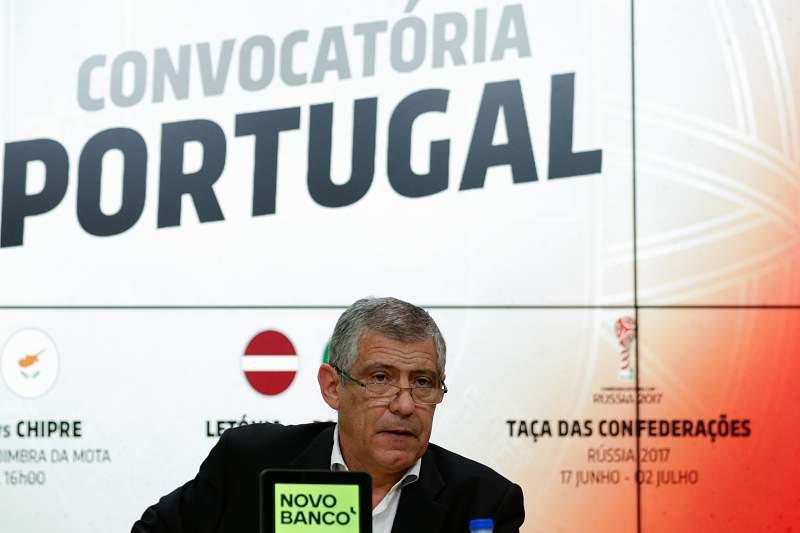 Fernando Santos divulga convocados para o jogo com a Letónia