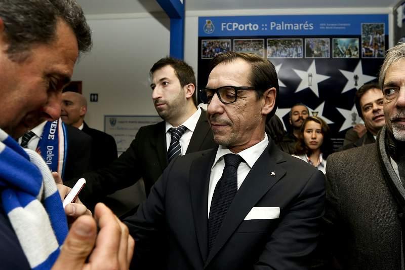 Fernando Gomes durante a inauguração da casa do FC Porto de Cantanhede