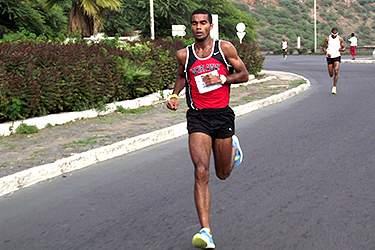 "Ruben Sança termina a Meia-maratona ""Great North Run"" no 12º lugar"