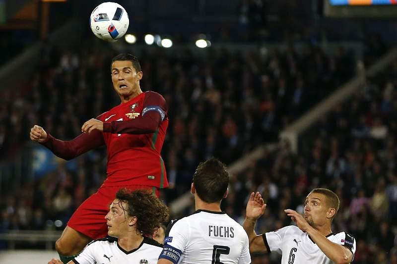 Portugal-Áustria: Ronaldo atira ao lado
