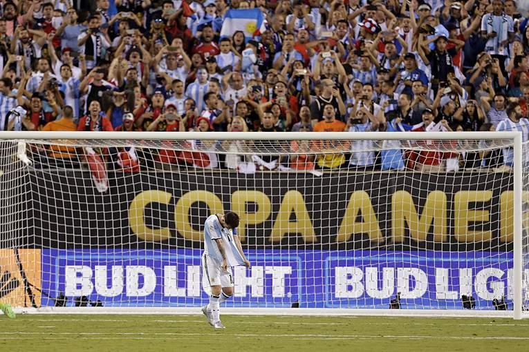 Messi é ´carta fora do baralho` da seleção argentina para os Jogos Olímpicos