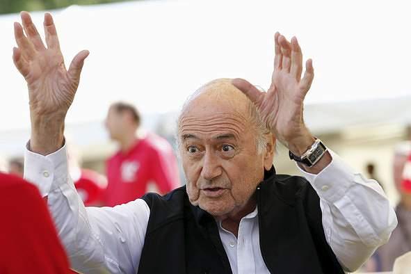 Blatter diz-se alvo de