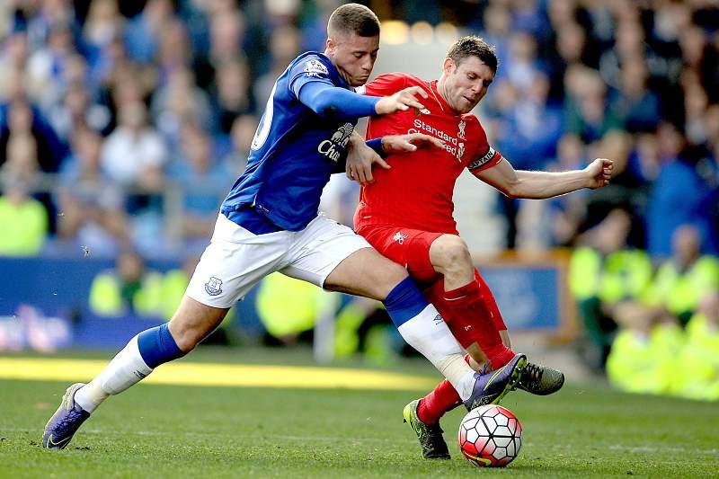Everton e Liverpool empatam no d