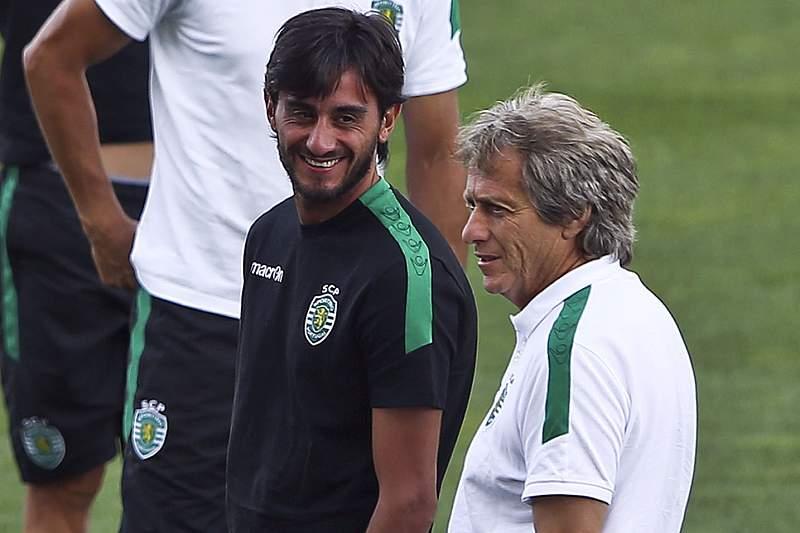 Aquilani e Jesus num treino do Sporting