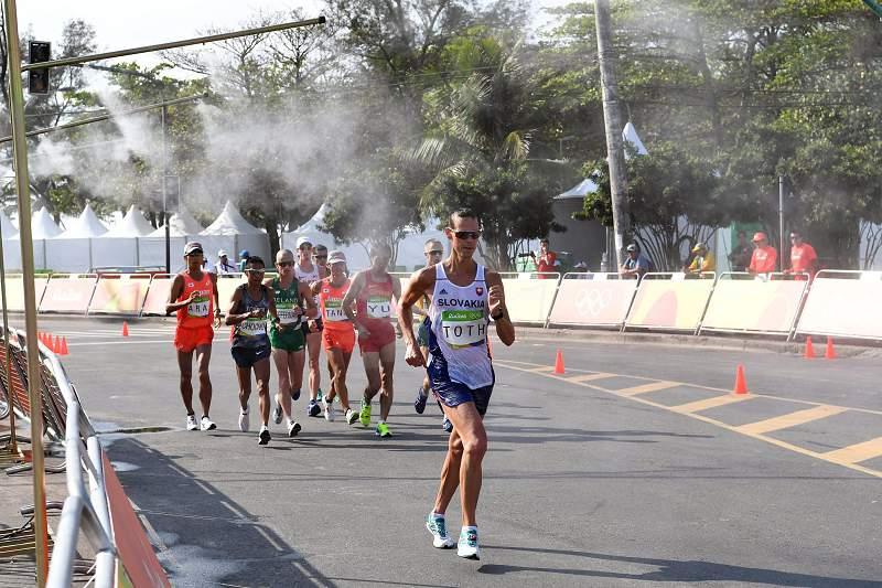 Matej Toth conquista ouro nos 50km marcha