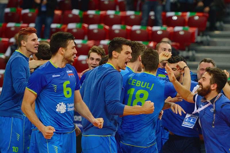 Eslovenos celebram a vitória
