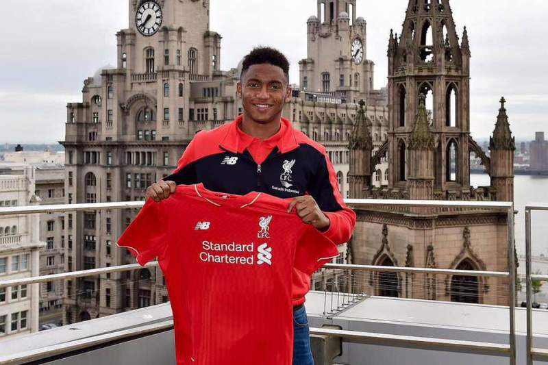 Liverpool contrata defesa central Joe Gomez