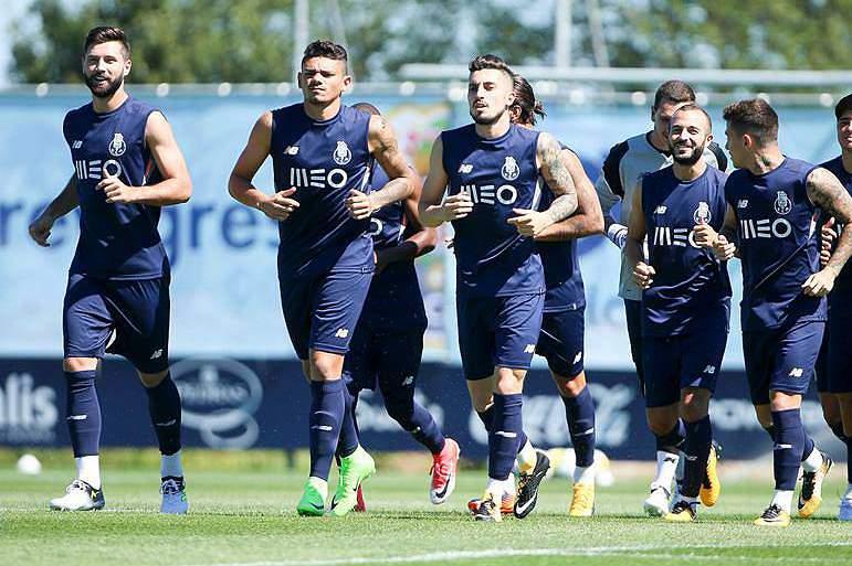 treino do FC Porto no Olival