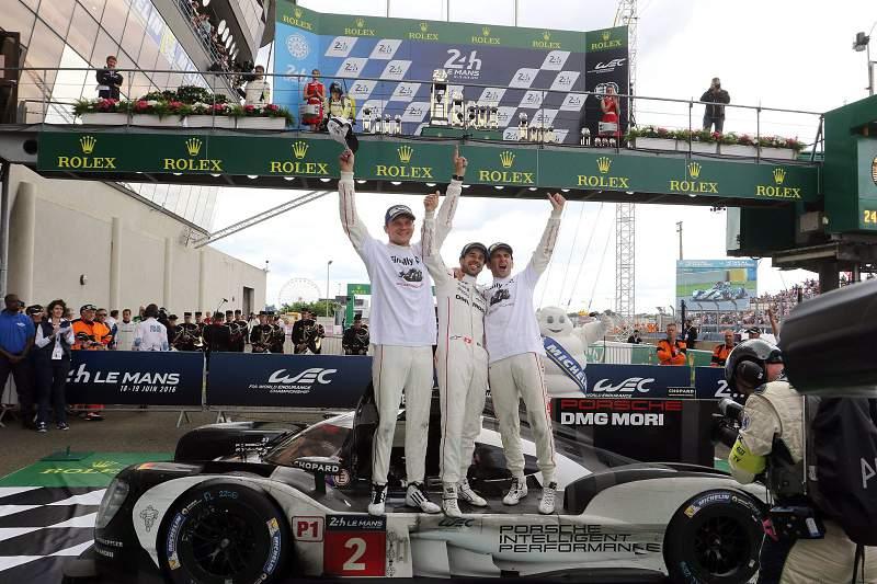 Porsche revalida vitória em Le Mans, num final dramático para a Toyota