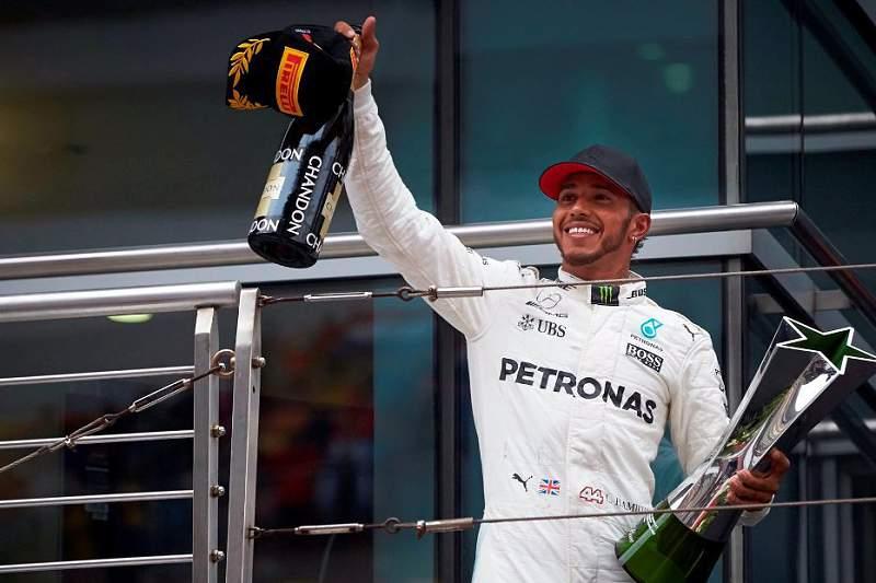 """GP da China F1, Hamilton: """"A verdadeira corrida começou quanto Vettel chegou a segundo"""""""
