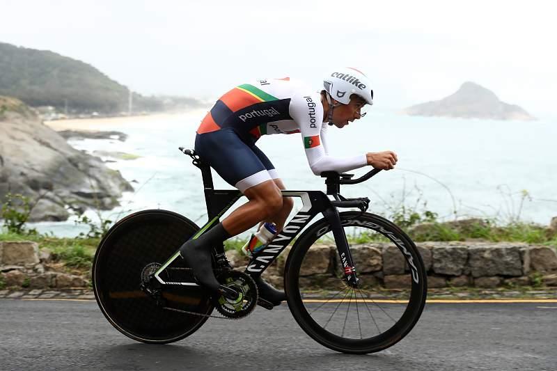 Nelson Oliveira, ciclista português