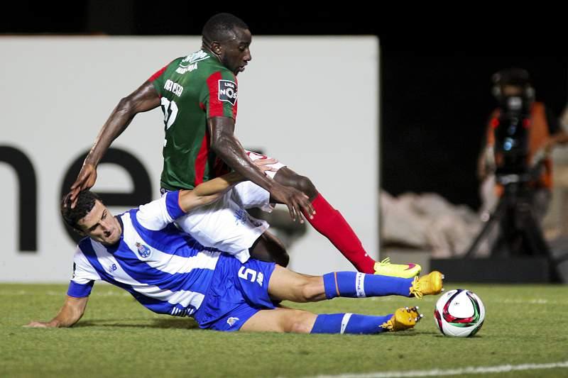 Marega em ação contra o FC Porto
