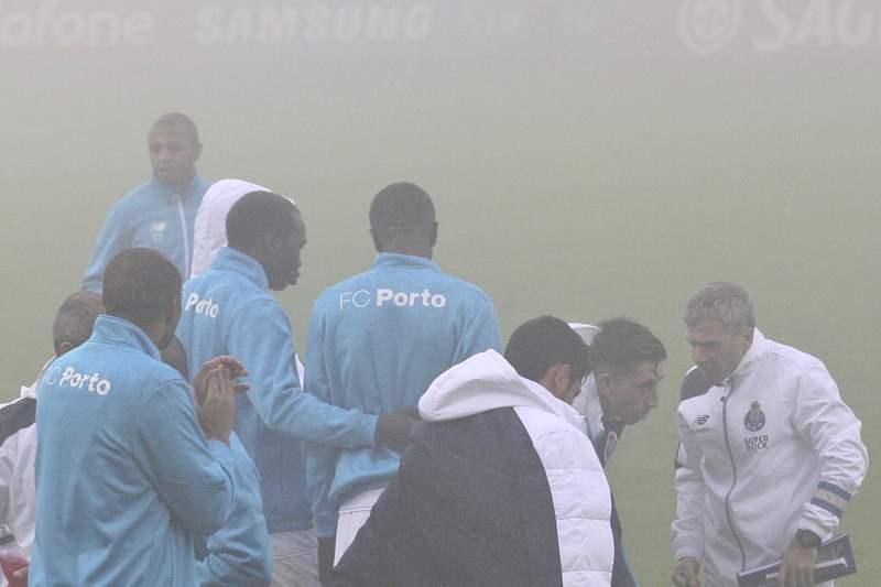 FC Porto espera pelo reatamento do jogo na Choupana