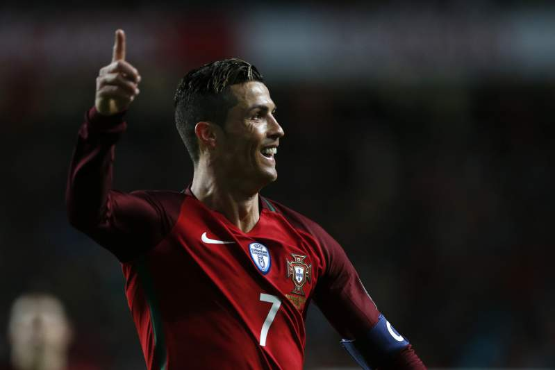 Ronaldo celebra o golo de Portugal