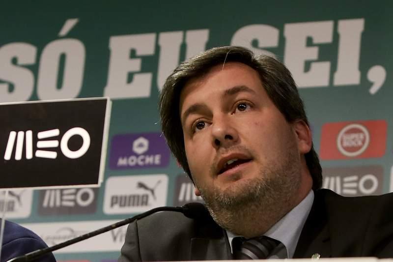 Conferência de imprensa de Bruno de Carvalho