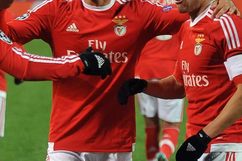Benfica festeja golo frente ao Zenit