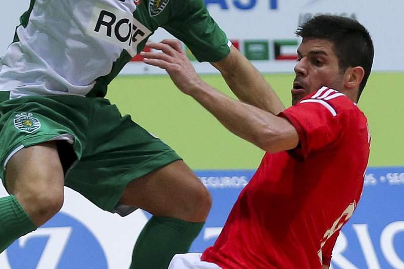 Alessandro Patias renova com o Benfica at