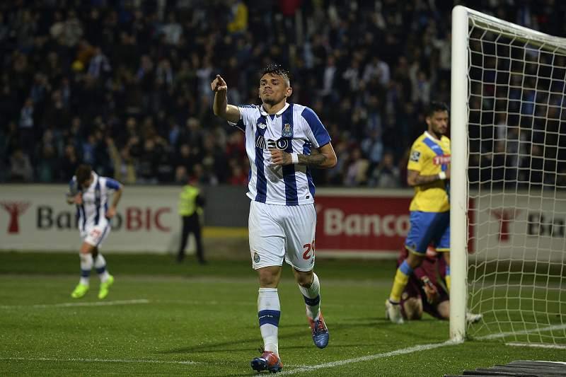 Soares festeja golo pelo FC Porto
