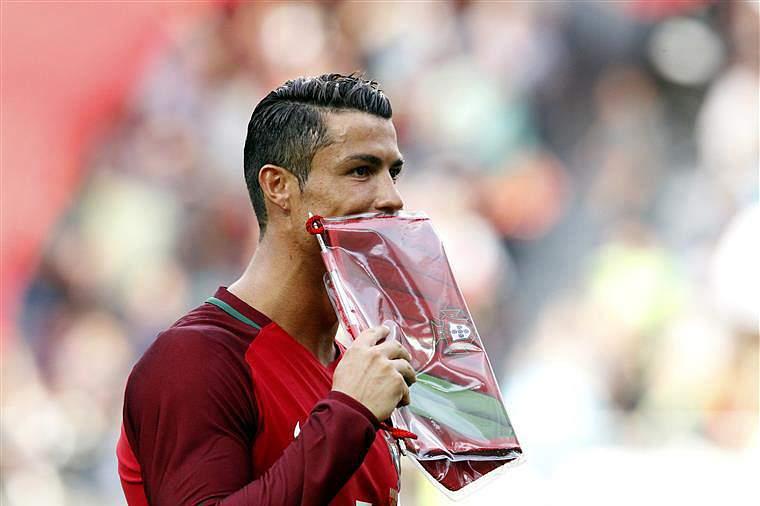 A mensagem de Cristiano Ronaldo antes de entrar em campo