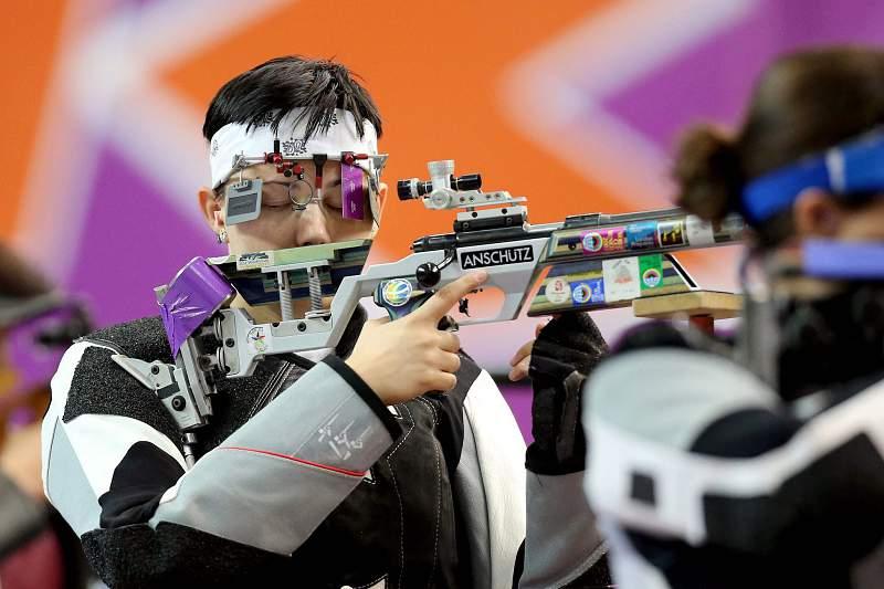 Pejcic Snjezuna bate recorde mundial de tiro em evento teste