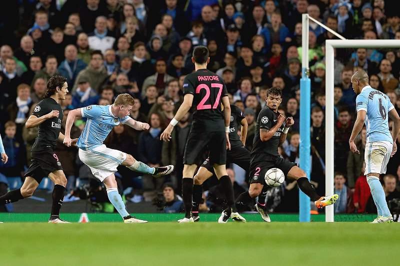 Kevin De Bruyne marca o golo da vitória do Manchester City