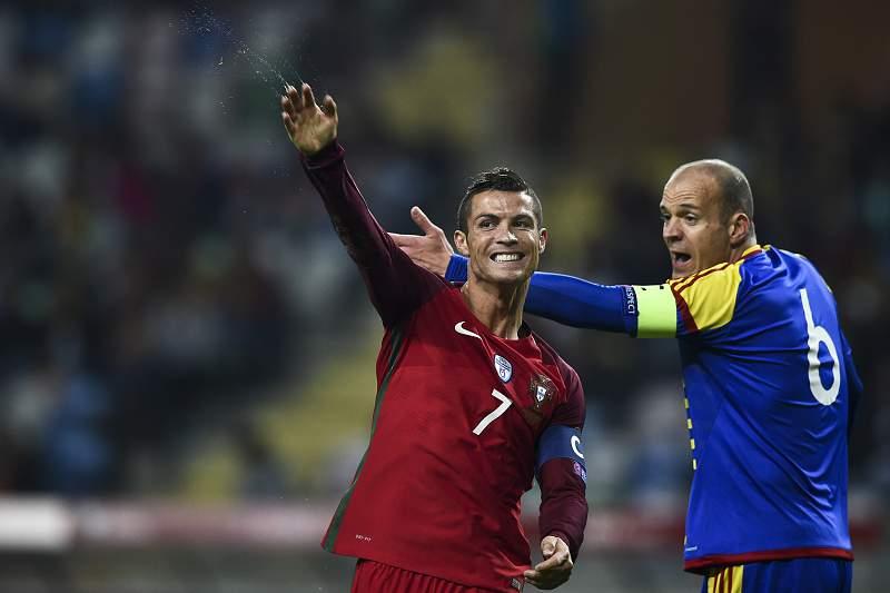 Cristiano Ronaldo festeja golo pela seleção de Portugal