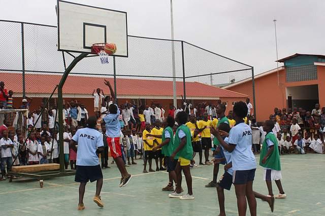 Basquetebol jovem Angola