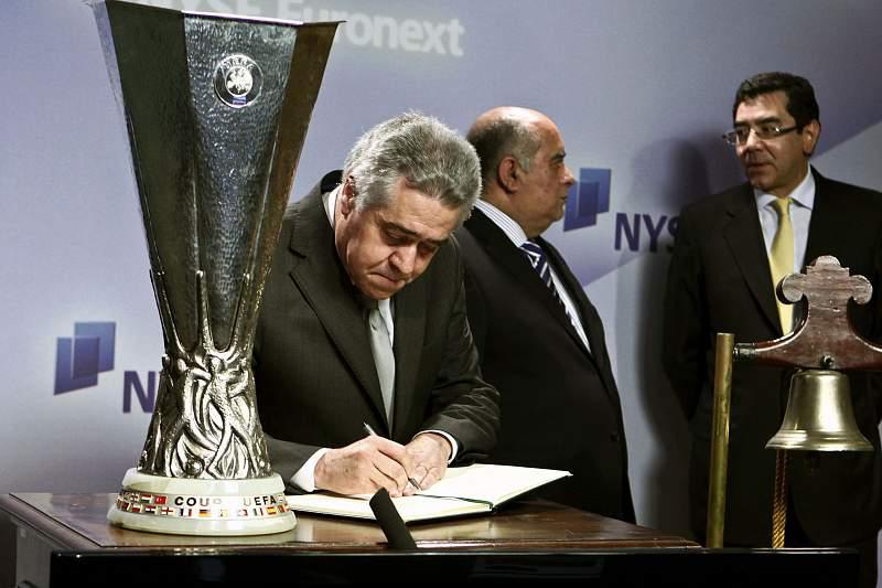 Angelino Ferreira, antigo administrador do FC Porto com a pasta das finanças