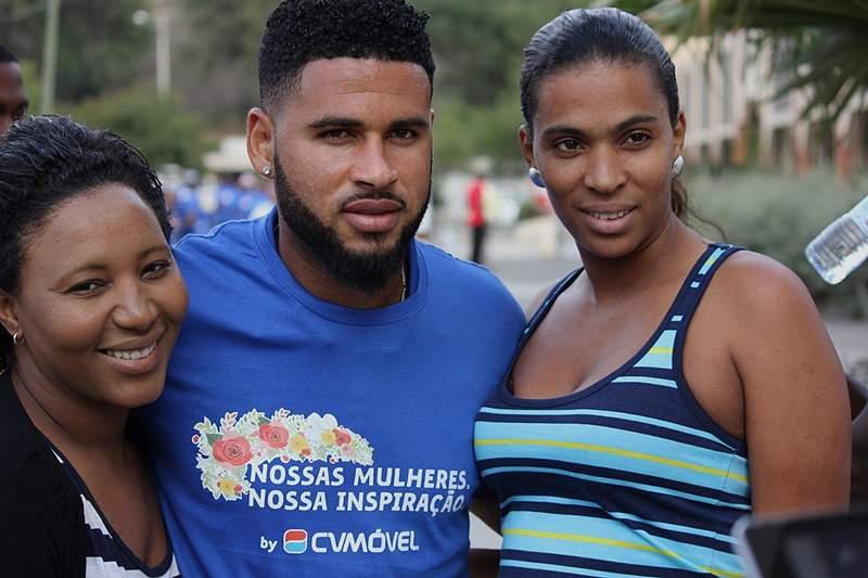 Seleção de Cabo Verde: Babanco em sessão de autógrafos