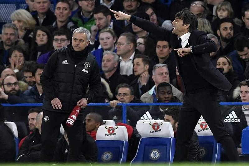 Mourinho e Conte no Chelsea-Man. United