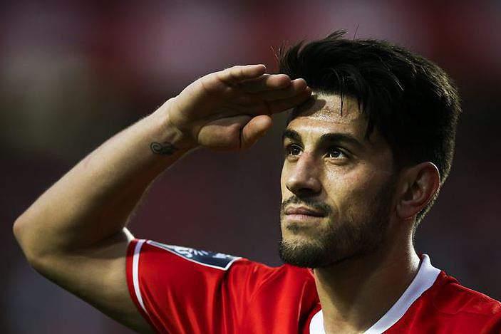 Benfica renova com Ederson Moraes e Pizzi