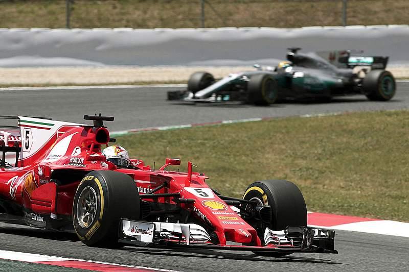 Hamilton vence GP de Espanha