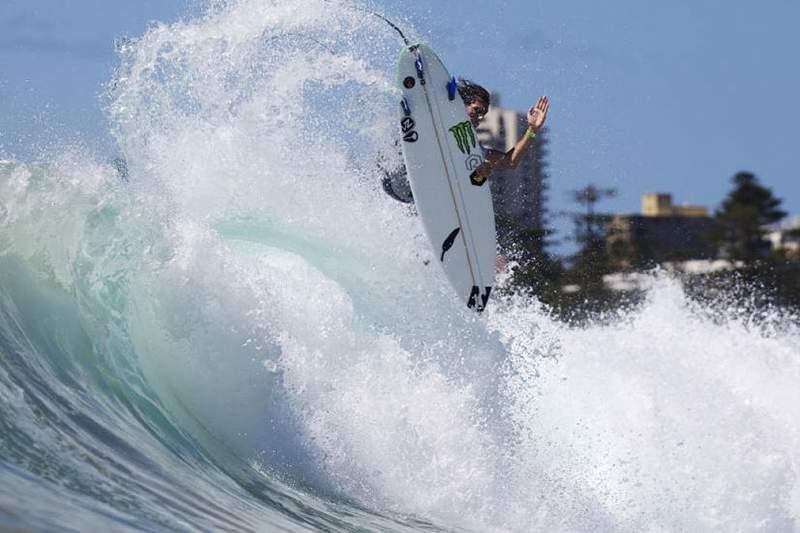 Frederico Morais, surfista português