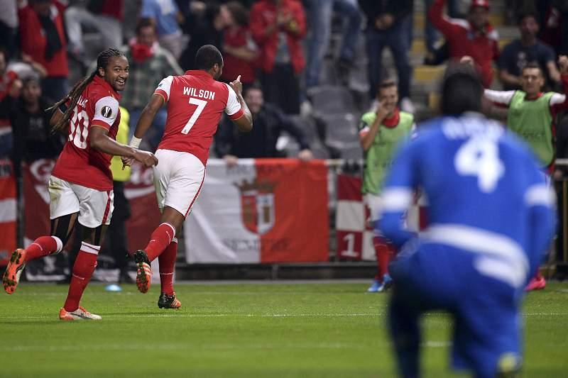 Alan e Wilson Eduardo celebram o golo do Braga