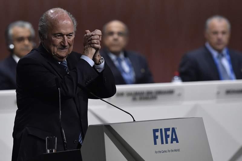 Blatter celebra a vitória no 65º Congresso da FIFA