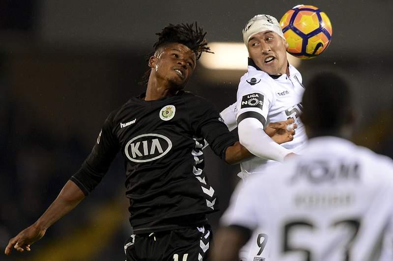 Guimarães vence Setúbal e sobe provisoriamente ao quarto lugar da I Liga