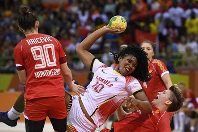 Consulado de Angola no Rio homenageia seleção feminina de andebol