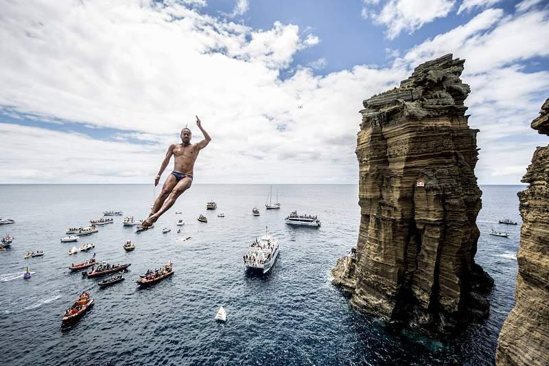 Orlando Duque salta nos Açores