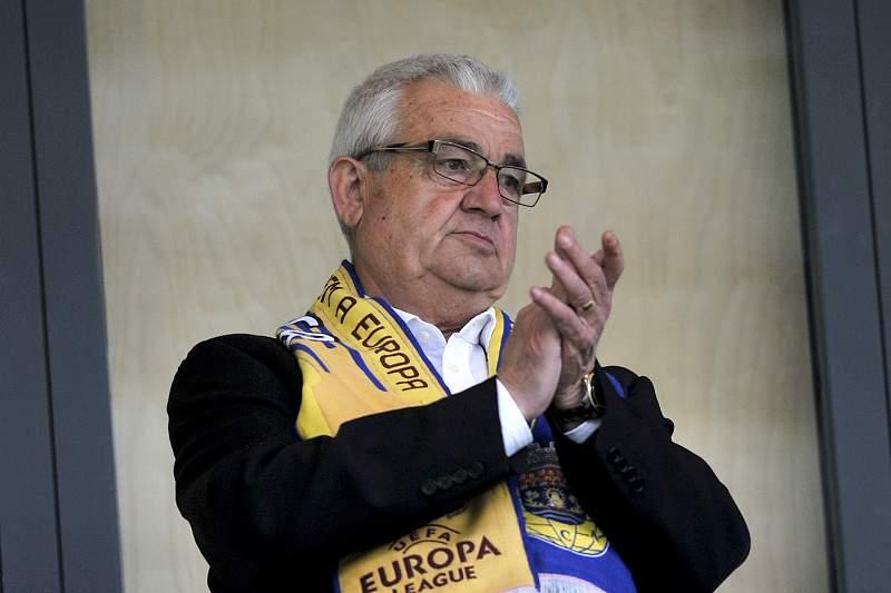 Empresário do ramo da construção civil é presidente do Arouca desde 2006/07.