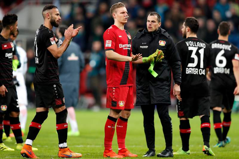 Omer Toprak falhou uma grande penalidade para o Leverkusen